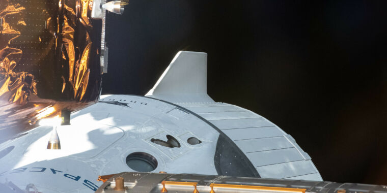 Even before Crew Dragon returns from space, NASA endorses reuse for humans