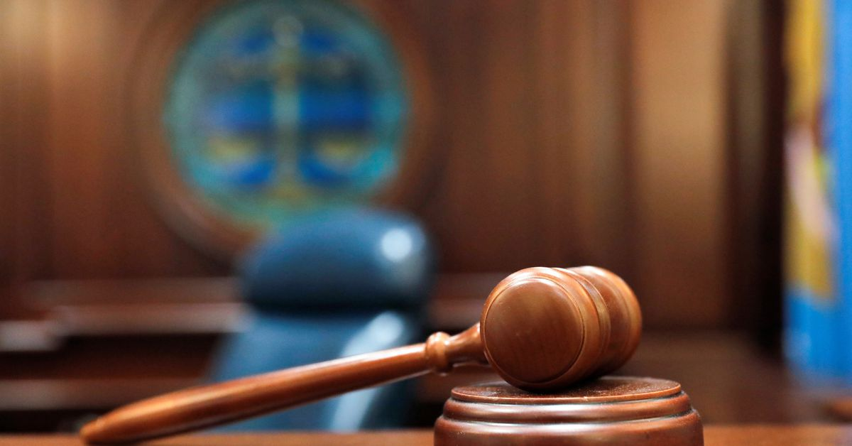 Becton Dickinson faces first bellwether trial over hernia mesh – Reuters