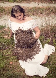 'Bee Whisperer' Emily Mueller chooses comical Cheech & Chong theme for annual honey-bee photo shoot